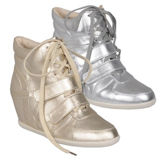 Journee Collection Women's ' Alana-9' Lace-up Wedge High-top Sneakers