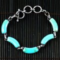 Handcrafted Mexican Alpaca Silver and Turquoise Curve Bracelet (Mexico)