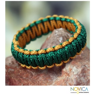 Handcrafted Polyester 'Queen Amina in Gold and Green' Bracelet (Ghana)