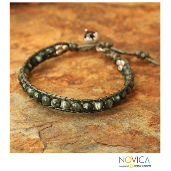 Handcrafted Silver 'Magical Forest' Seraphinite Bracelet (Thailand)