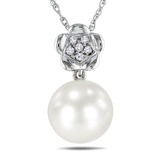 Miadora 10k White Gold Cultured Freshwater Pearl and Diamond Necklace (9-9.5 mm)