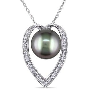Miadora 14k Gold Tahitian Pearl and 1/6ct TDW Diamond Necklace (H-I, I2-I3) (9-9.5 mm)