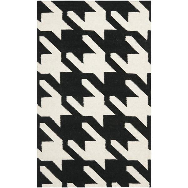 Safavieh Hand-woven Moroccan Reversible Dhurrie Hounds Tooth Reversible Dhurrie Black Wool Rug