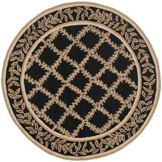 Safavieh Hand-hooked Trellis Black/ Beige Wool Rug (5'6 Round)