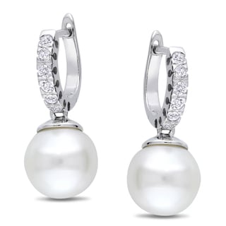 Miadora 10k White Gold Pearl and 1/4ct TDW Diamond Earrings (G-H, I1-I2)