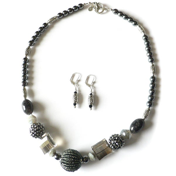 Zephyr' Necklace and Earring Set 10376035