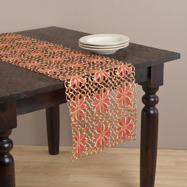 Saro Embroidered and Cutwork Table Linen