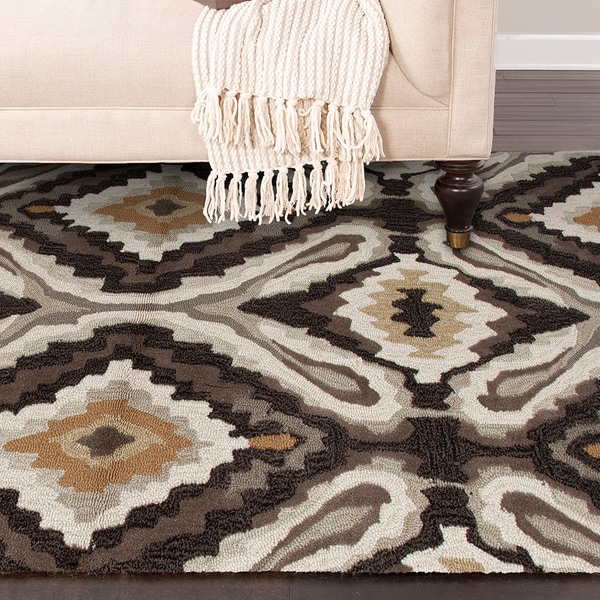 Transitional Tribal Brown/ Ivory Tufted Rug (5' x 7'6)