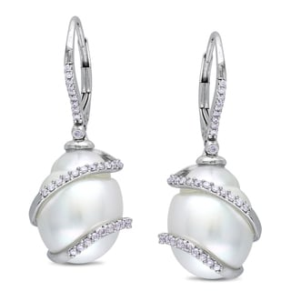 Miadora Signature Collection 14k Gold South Sea Pearl and 1/3ct TDW Diamond Earrings (SI1-SI2)