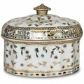 Golden Hays Oval Porcelain Cover Box