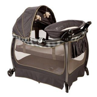 Eddie Bauer Complete Care Playard in Evergreen
