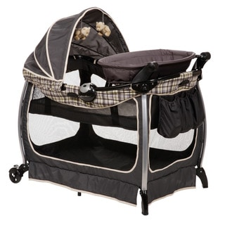 Eddie Bauer Complete Care Playard in Colfax