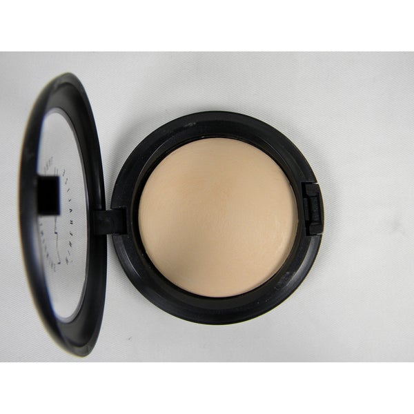 MAC Mineralize Skinfinish Light Plus Bronzing Powder
