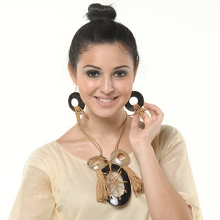 Eco Friendly Leather and Horn Loop Clasp Necklace and Earring Set (India)