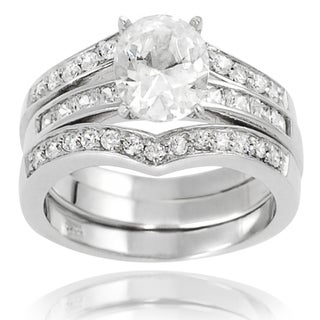 Journee Collection Sterling Silver Oval White Cubic Zirconia Bridal-style Ring