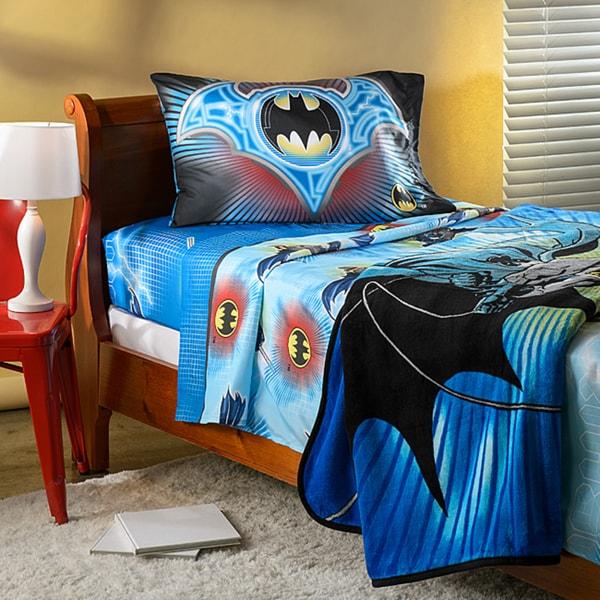 Batman 'Lightning Swoop' Twin Sheet and Blanket Set