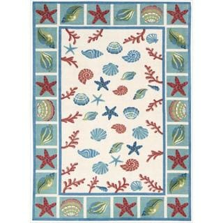 Shoreline Seashell and Starfish Ivory Polyester Rug (5' x 7')