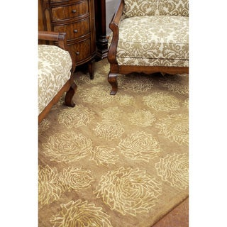 Hand-tufted Lionel Gold Wool Rug