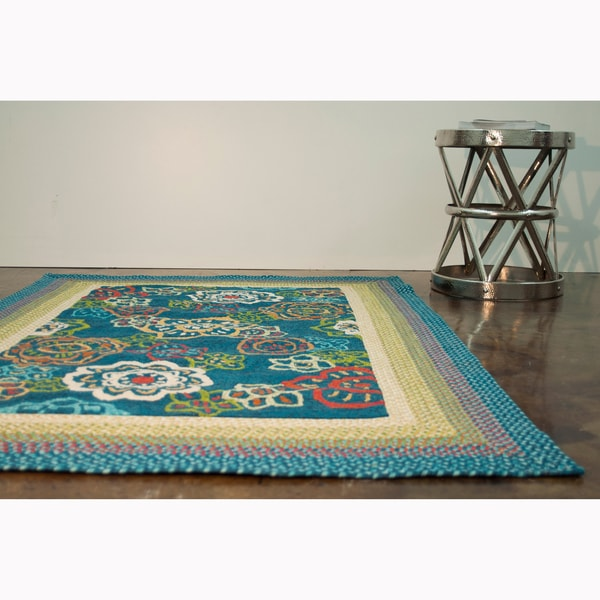 Hand-hooked Frontier Blue Rug