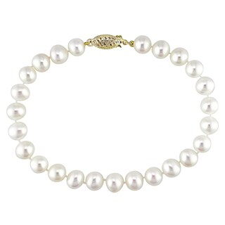 Miadora 14k Yellow Gold White Cultured Freshwater Pearl Bracelet (5-6 mm)