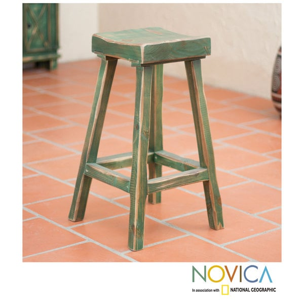 Handcrafted Pinewood 'Vintage Green Ranch' Bar Stool (Mexico)
