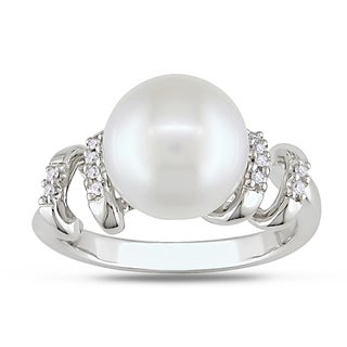 Miadora Sterling Silver Pearl and Diamond Cocktail Ring (9-9.5 mm)