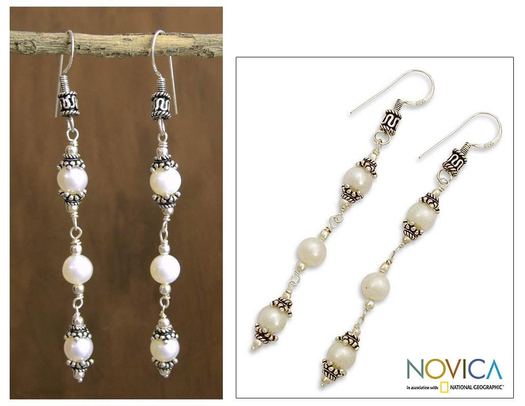 Sterling Silver 'Calm Beauty' White Pearl Drop Earrings (7 mm) (India)