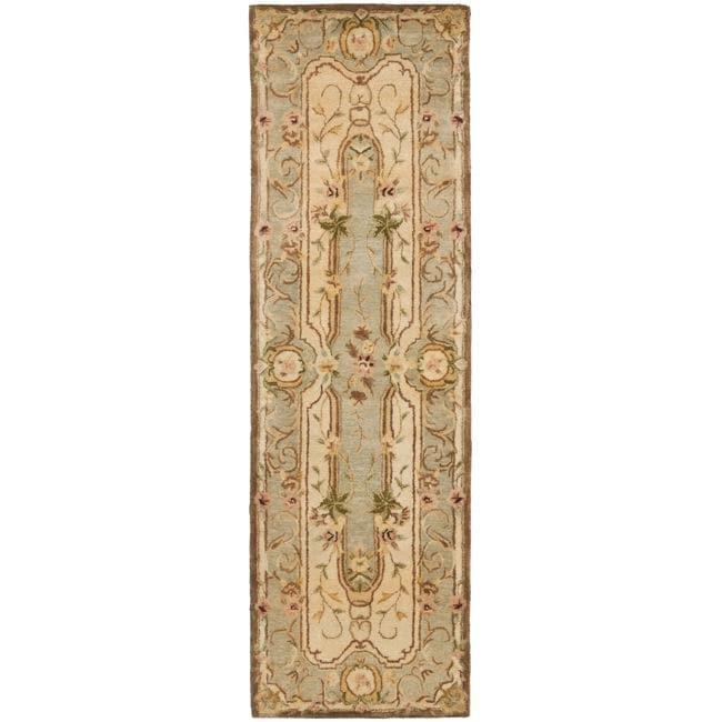 Safavieh Handmade Aubusson Plaisir Ivory/ Light Blue Wool Rug (2'6 x 8')