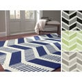 Handmade Rug Collective Modern Chevron Wool Rug