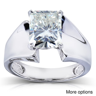 14k White Gold Radiant-cut Moissanite Solitaire Ring