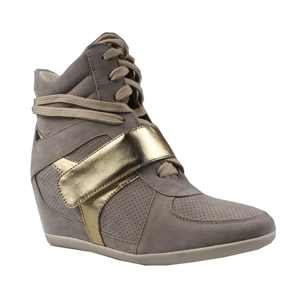 Refresh by Beston Women's 'Dakota' Hidden Wedge Sneakers