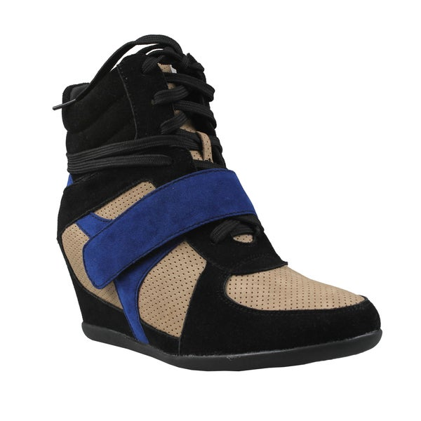 Refresh by Beston Women's 'Dakota' Black and Blue Hidden Wedge Sneakers