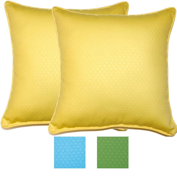 Diamond Pattern 17-inch Outdoor Pillows (Set of 2)