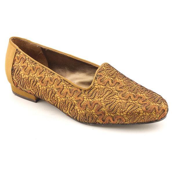 Trotters Women's 'Liz II' Fabric Casual Shoes - Wide (Size 7.5)