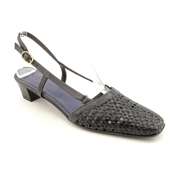 Women's Dress Shoes | Silver | Shoes.com