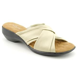 Walking Cradles Women's 'Lansing' Leather Sandals - Narrow
