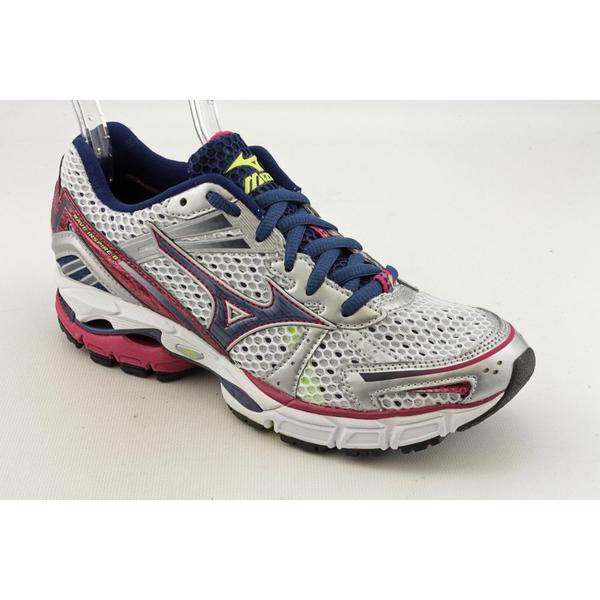 Mizuno Women's 'Wave Inspire 8' Mesh Athletic Shoe - Wide (Size 7)