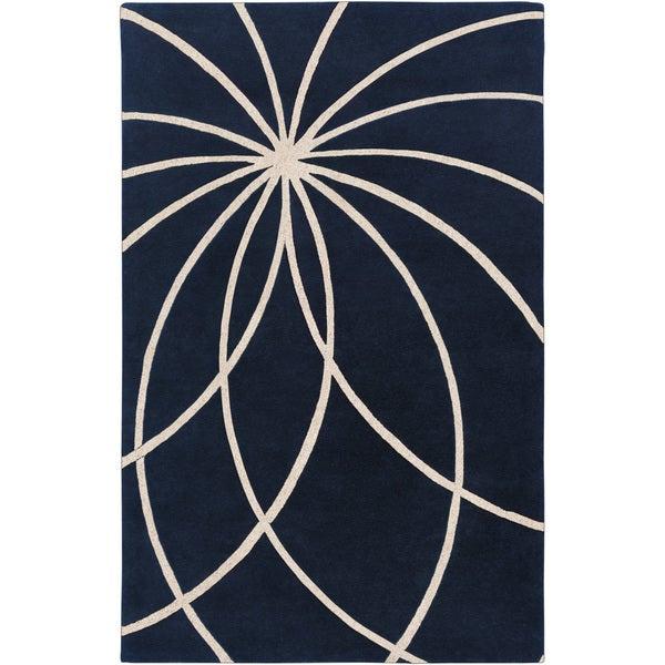 Hand-tufted Fairmont Dark Blue Floral Wool Rug (7'6 x 9'6)