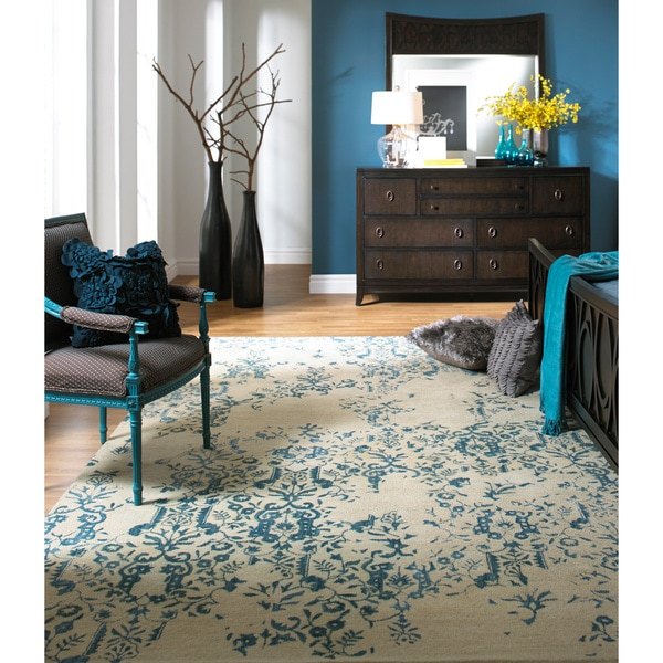 Hand-tufted Sephia Parchment Distressed Damask Wool Rug (5' x 8')