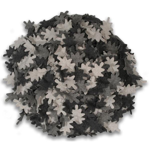 Round Wool 16-inch Round Leaf Pillow