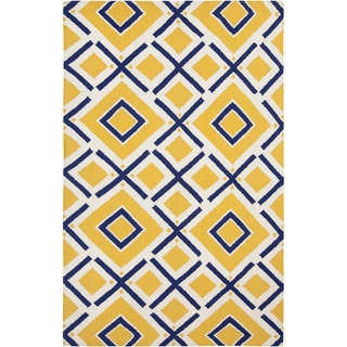 Handwoven Baelen Sunshine Yellow Wool Rug (8' x 11')