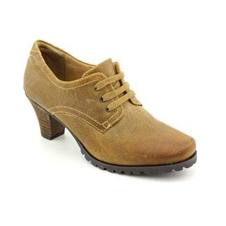 Softwalk Women's 'Dani' Distressed Leather Casual Shoes - Wide (Size 8)