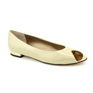Vaneli Women's 'Anchor' Patent Leather Dress Shoes - Narrow (Size 8.5)