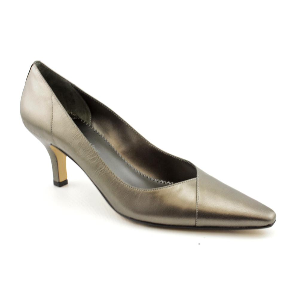 Extra Wide Women's Dress Shoes http://www.pic2fly.com/Extra+Wide+Women
