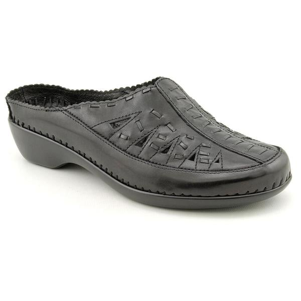 Women S Easy Spirit Size  Wide Shoes