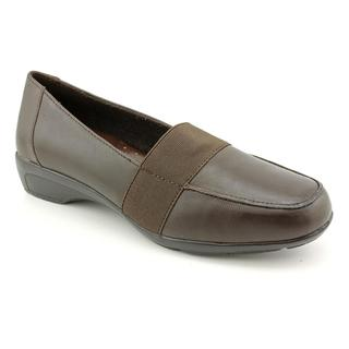 5th Avenue By Easy Street Women's 'Champion' Leather Casual Shoes - Narrow (Size 6.5)