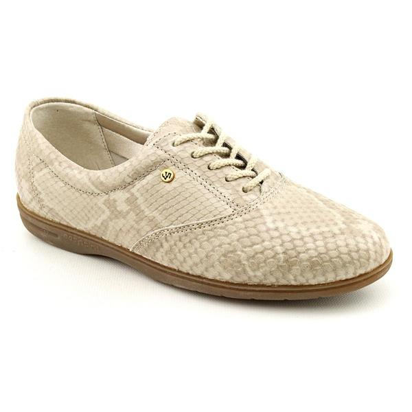Easy Spirit Women's 'Motion' Animal Print Casual Shoes - Extra Narrow (Size 9.5)