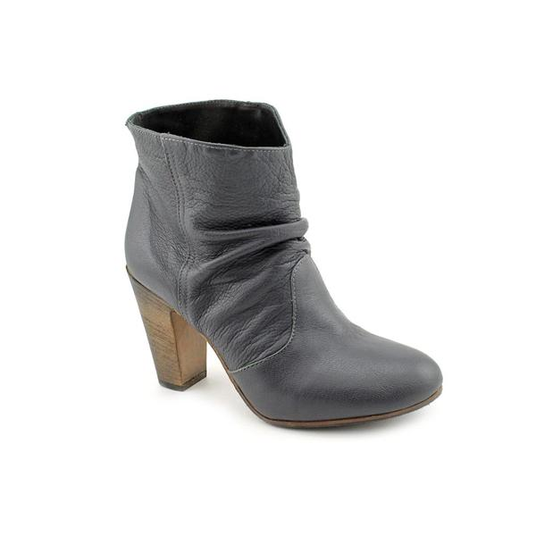Yin Women's 'Atomic' Leather Boots (Size 8)
