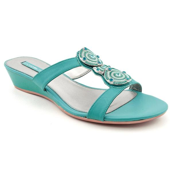 Bandolino Women's 'Feliciana' Leather Sandals - Wide (Size 9)