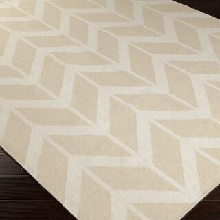 Handwoven Marshall Beige Wool Rug (5' x 8')